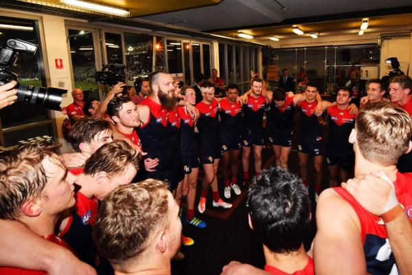 MELBOURNE TO TAKE ON SUNS & CROWS IN NT IN 2017