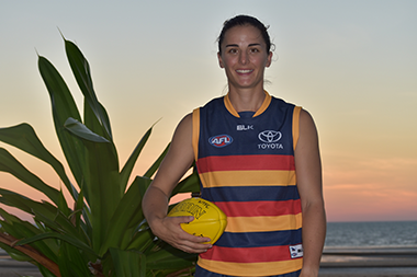 ANGELA FOLEY BECOMES FIRST NT SIGNING FOR THE CROWS