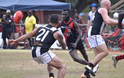 Round 5 footy at Tiwi Oval