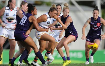 Crows AFLW returns to Darwin on Saturday night