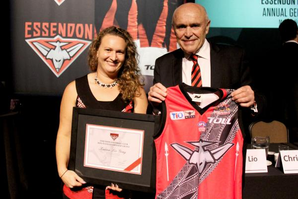 GRAY WINS PRESTIGIOUS ESSENDON FOOTBALL CLUB AWARD