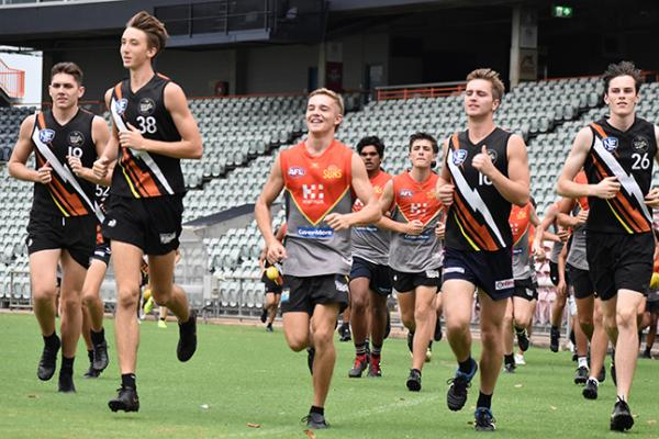 NT Thunder Under 18 Men Academy players at training