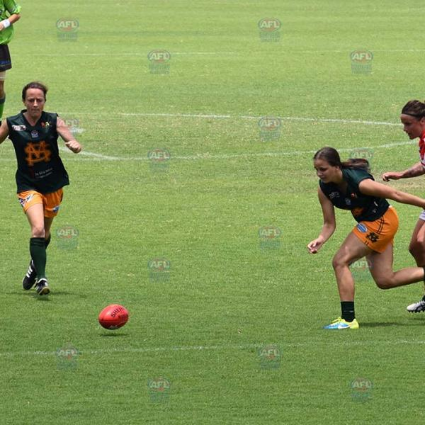 Danielle Ponter running for the ball