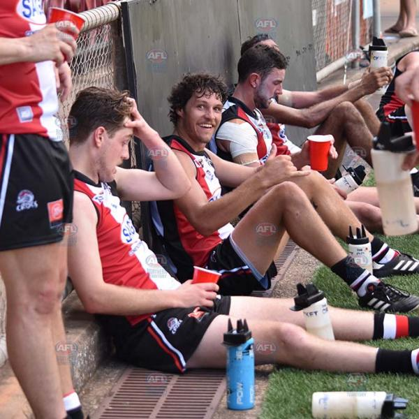 Hot and bothered Michael Bowden still manages a smile at three quarter time