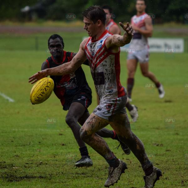 A little bit of mud didn't stop Waratah from giving it their best shot