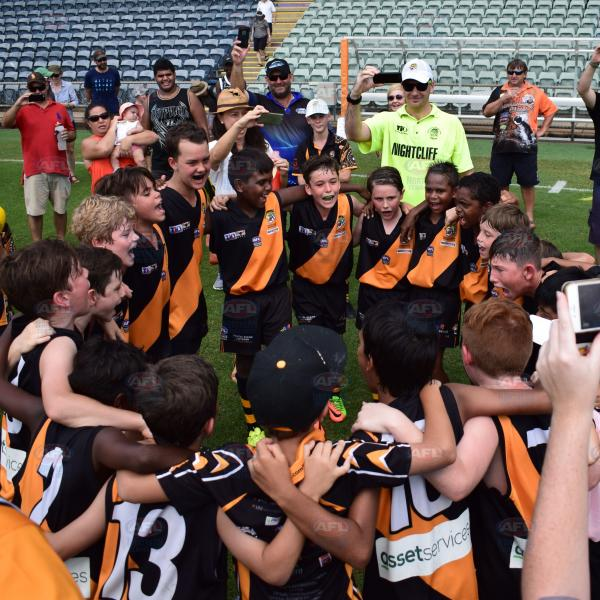 Nightcliff Under 12 Deslandes singing their song after winning the 2017/18 premiership